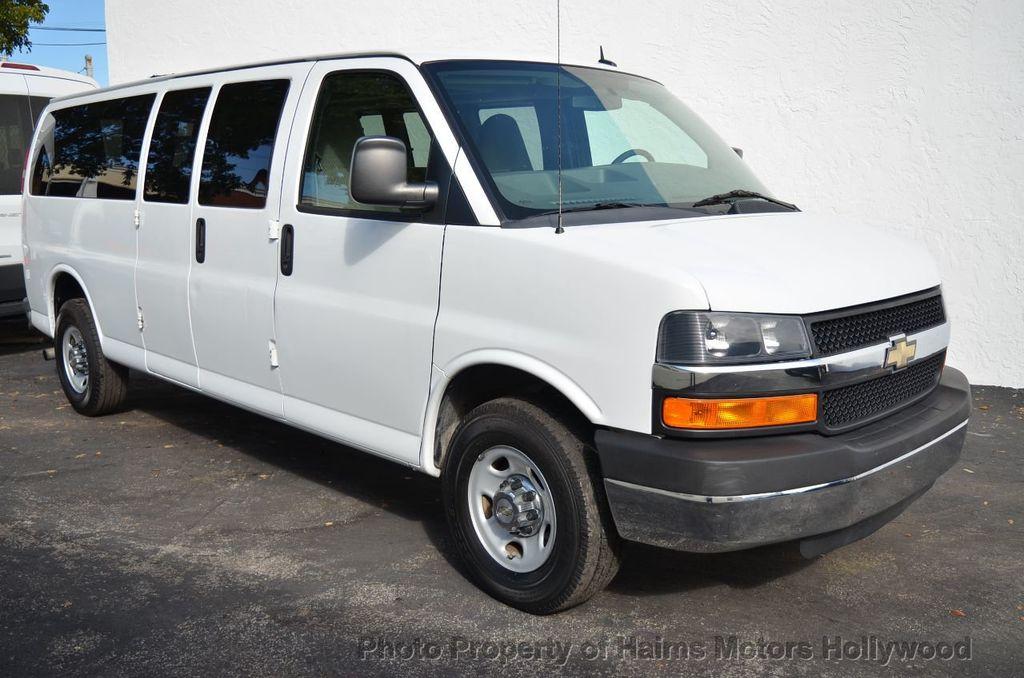 "2013 Chevrolet Express Passenger RWD 3500 155"" LT w/2LT - 18296536 - 5"