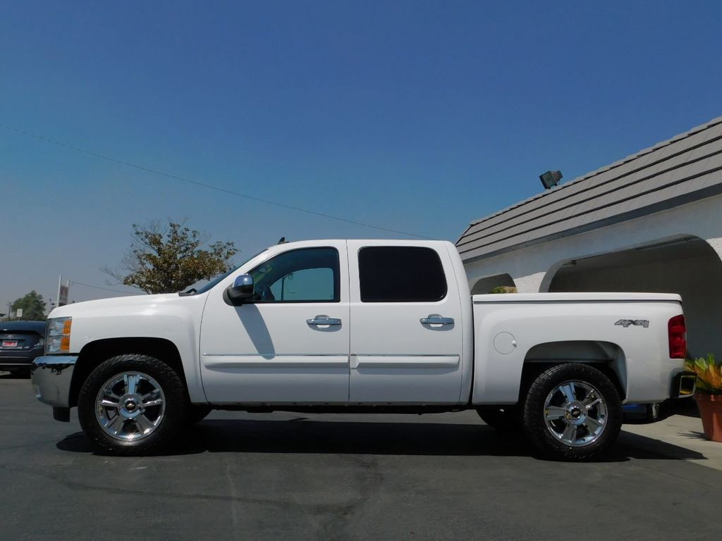 2013 Chevrolet Silverado 1500 1-Owner, Carfax Certified, 4X4  - 18016454 - 3