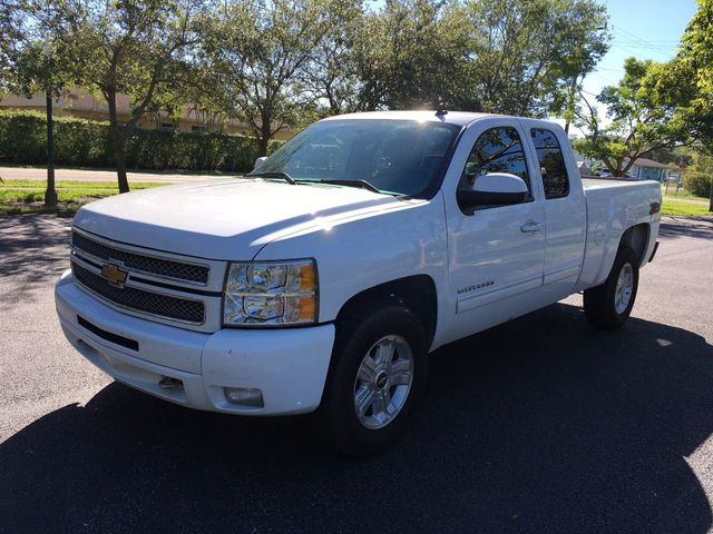 "2013 Chevrolet Silverado 1500 2WD Ext Cab 143.5"" LT - Click to see full-size photo viewer"