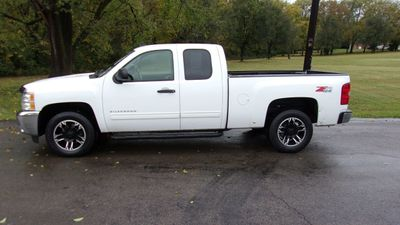 """2013 Chevrolet Silverado 1500 4WD Ext Cab 143.5"""" LT - Click to see full-size photo viewer"""