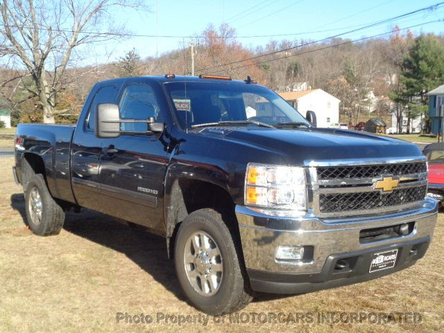 "2013 Chevrolet Silverado 2500HD 4WD Ext Cab 144.2"" LT - Click to see full-size photo viewer"