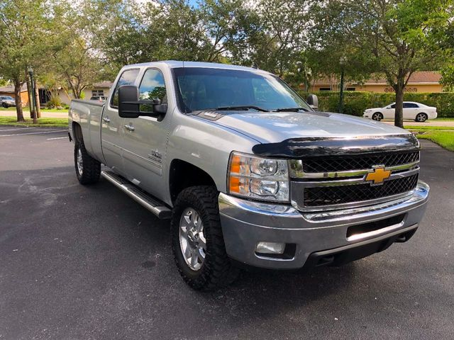 "2013 Chevrolet Silverado 3500HD 4WD Crew Cab 167.7"" LT - Click to see full-size photo viewer"