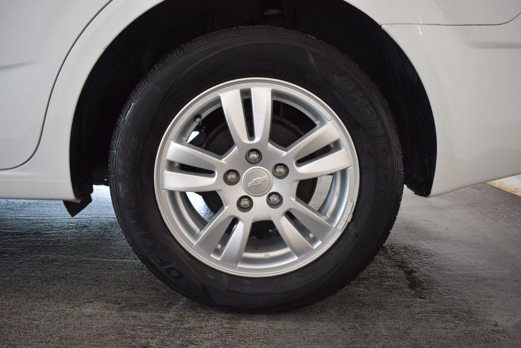 2013 Chevrolet Sonic 4dr Sedan Automatic LT - 18246519 - 10
