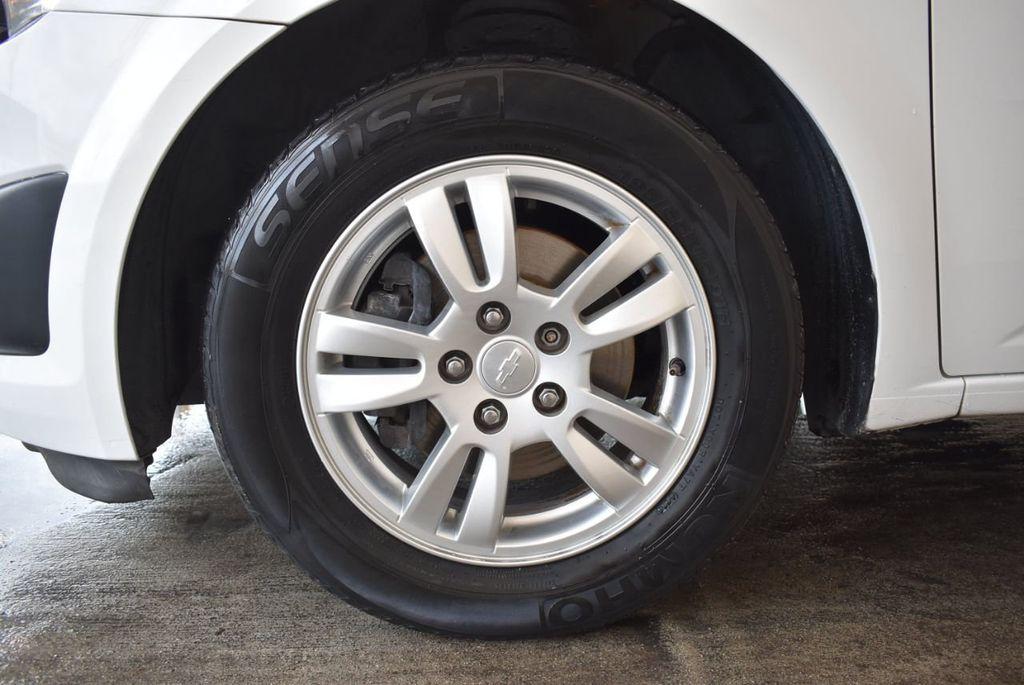2013 Chevrolet Sonic 4dr Sedan Automatic LT - 18246519 - 11