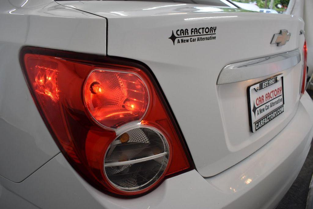 2013 Chevrolet Sonic 4dr Sedan Automatic LT - 18246519 - 6