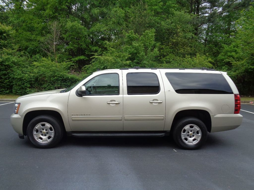 2013 Chevrolet Suburban 2WD 4dr 1500 LT - 17542320 - 2