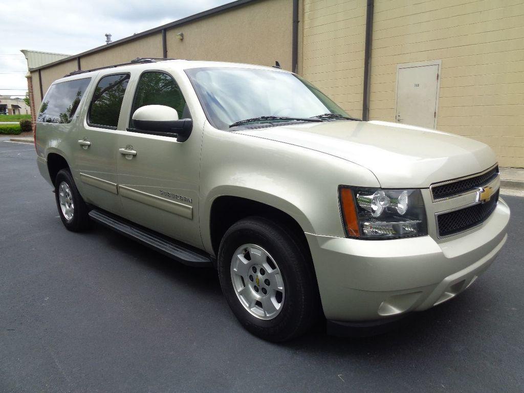 2013 Chevrolet Suburban 2WD 4dr 1500 LT - 17542320 - 3