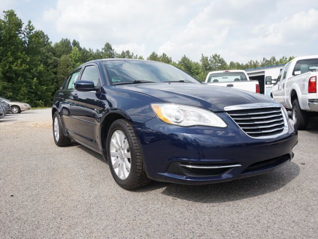 2013 Chrysler 200 4dr Sedan Touring Sedan - 1C3CCBBB7DN714543 - 2