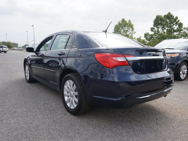 2013 Chrysler 200 4dr Sedan Touring Sedan - 1C3CCBBB7DN714543 - 7