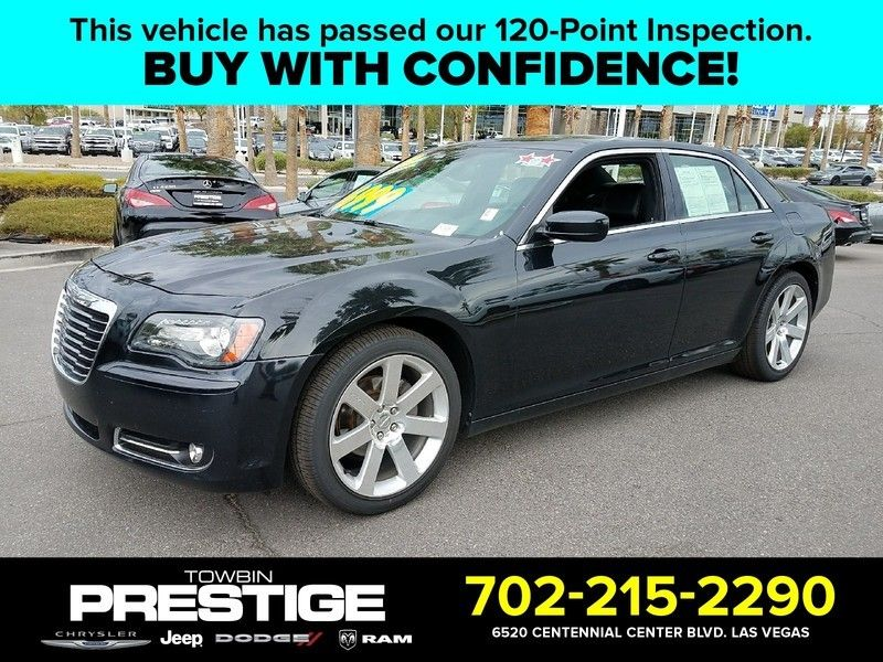 2013 Chrysler 300 4dr Sedan 300S RWD - 16778808 - 0