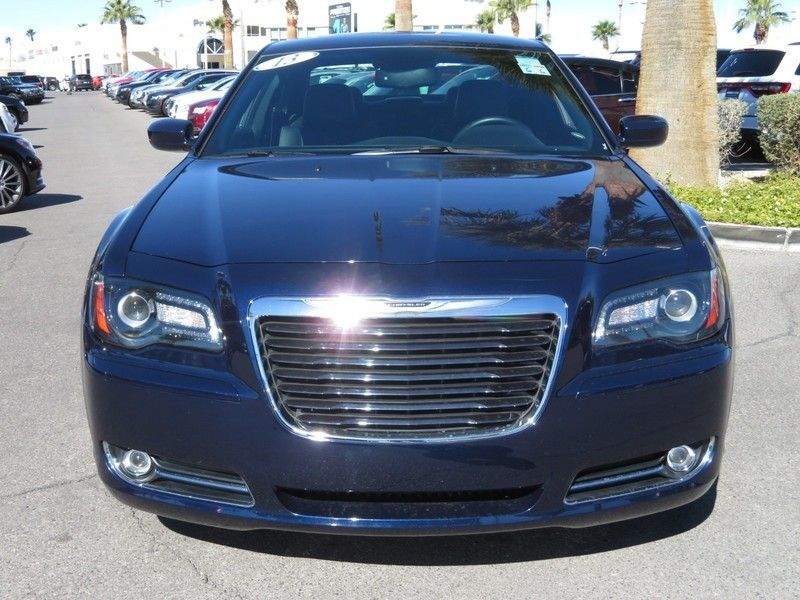 2013 Chrysler 300 4dr Sedan 300S RWD - 17311386 - 1