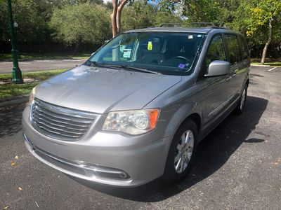 2013 Chrysler Town & Country 4dr Wagon Touring Van