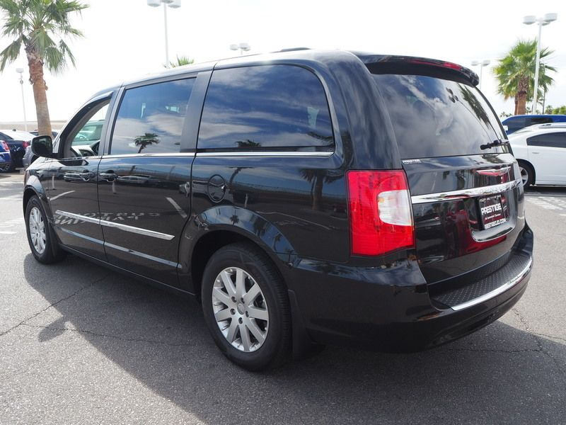 2013 Chrysler Town & Country 4dr Wagon Touring - 17661520 - 10