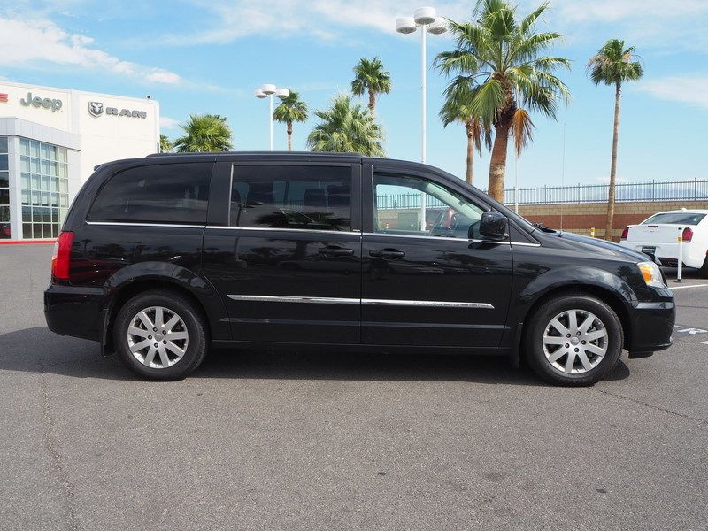 2013 Chrysler Town & Country 4dr Wagon Touring - 17661520 - 3