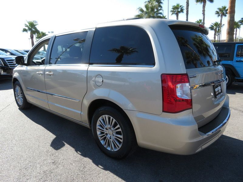 2013 Chrysler Town & Country 4dr Wagon Touring-L - 17638490 - 10