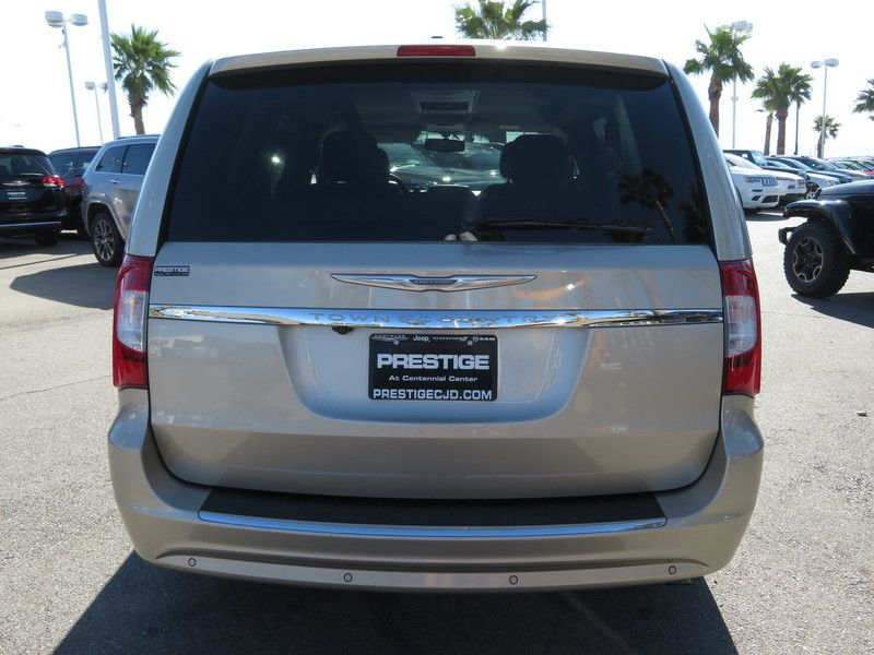 2013 Chrysler Town & Country 4dr Wagon Touring-L - 17638490 - 11