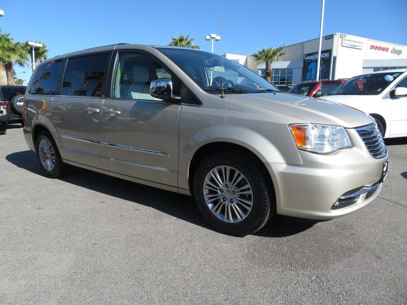 2013 Chrysler Town & Country 4dr Wagon Touring-L - 17638490 - 2
