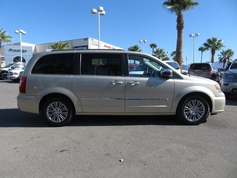 2013 Chrysler Town & Country 4dr Wagon Touring-L - 17638490 - 3