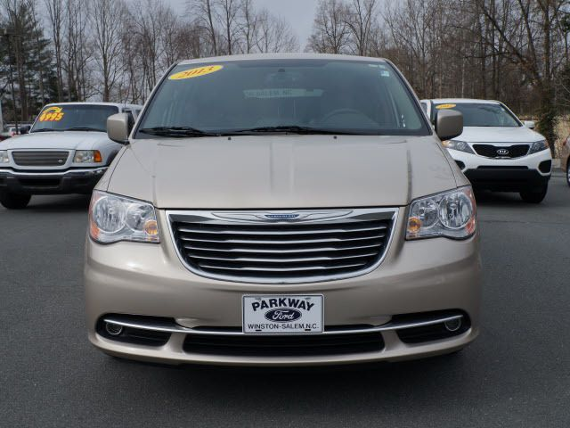 2013 Chrysler Town & Country 4dr Wgn Touring - 11825313 - 19