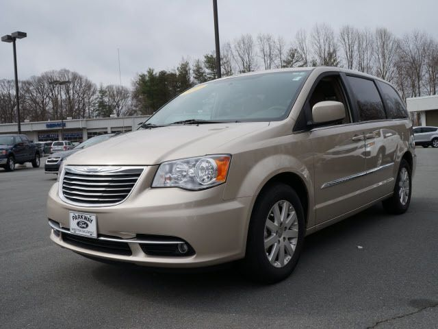 Chrysler Town And Country Touring Tire Rating
