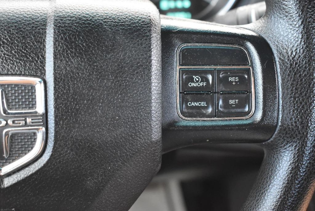 2013 Dodge Avenger 4dr Sedan SE V6 - 18436037 - 16