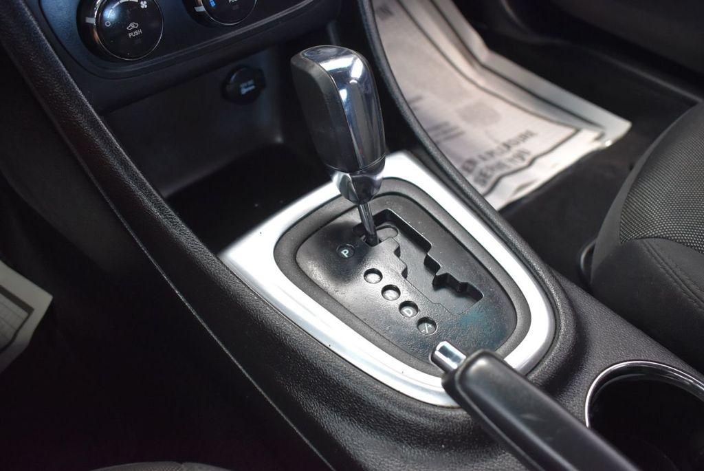 2013 Dodge Avenger 4dr Sedan SE V6 - 18436037 - 18