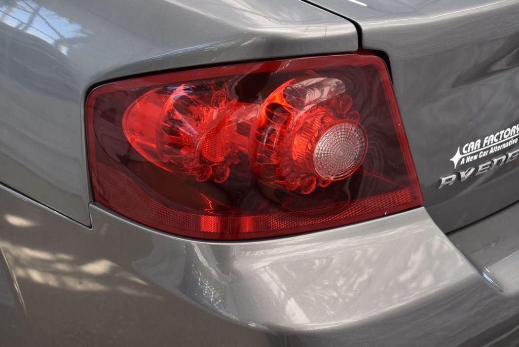 2013 Dodge Avenger 4dr Sedan SE V6 - 18436037 - 4