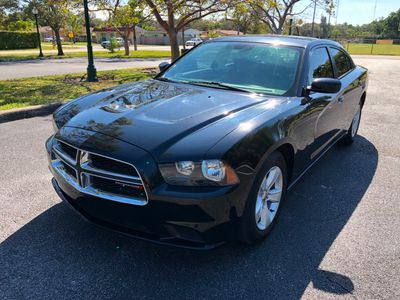 2013 Dodge Charger 4dr Sedan SE RWD