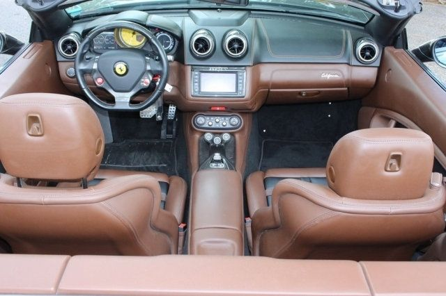 2013 Ferrari California 2dr Convertible - 19261450 - 21
