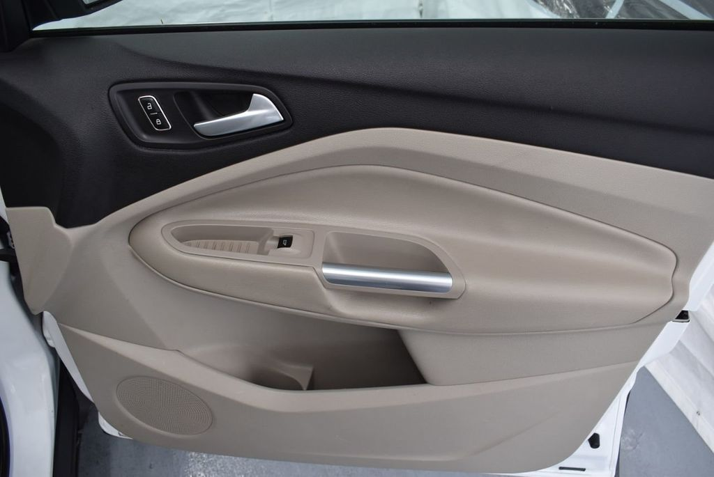 2013 Ford Escape FWD 4dr SE - 18157150 - 19
