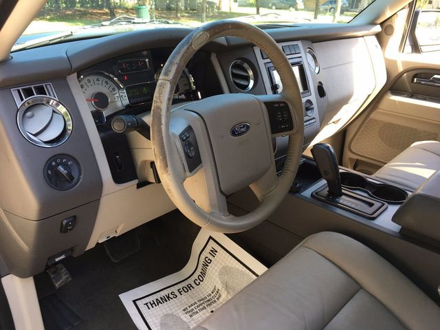 2013 Ford Expedition 2WD 4dr XLT - Click to see full-size photo viewer