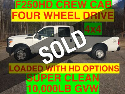 2013 Ford F250HD CREW CAB 4x4 JUST 68k MILES SUPER CLEAN ONE OWNER - Click to see full-size photo viewer