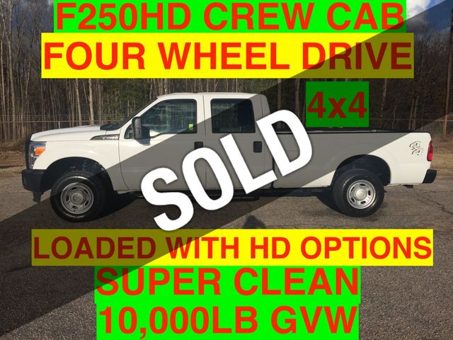 2013 Ford F250HD CREW CAB 4x4 JUST 68k MILES SUPER CLEAN ONE OWNER