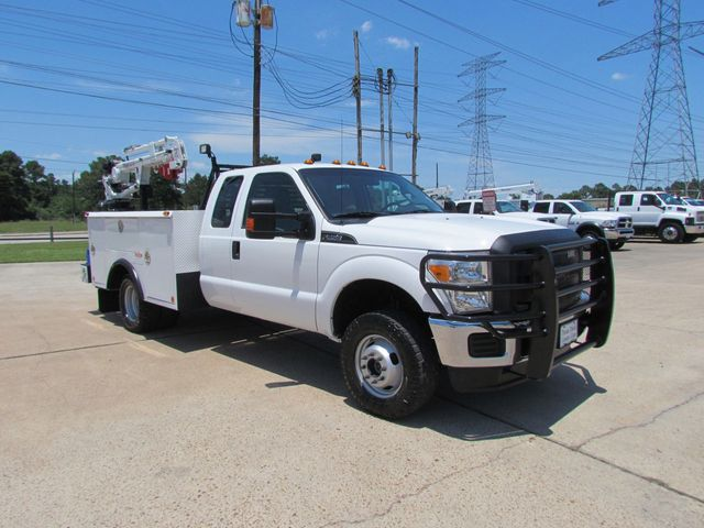 2013 Ford F350 Mechanics Service Truck 4x4 - 15807446 - 1