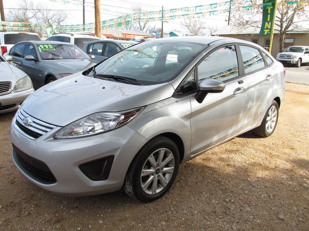2013 Ford Fiesta 4dr Sedan SE - 14652044