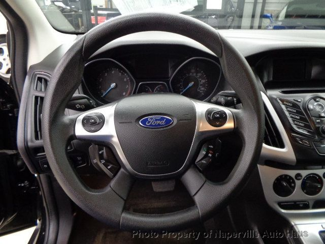 2013 Ford Focus 4dr Sedan SE - 18277015 - 15