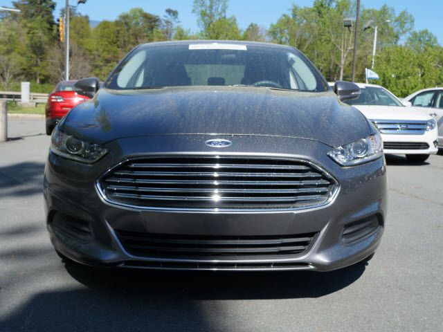 2013 Ford Fusion 4dr Sdn SE Hybrid FWD - 11960089 - 19