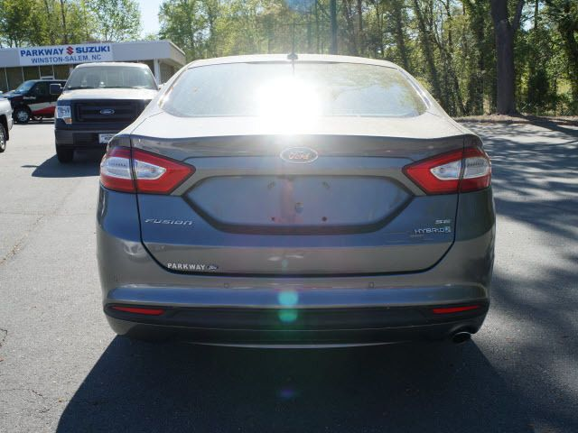 2013 Ford Fusion 4dr Sdn SE Hybrid FWD - 11960089 - 20