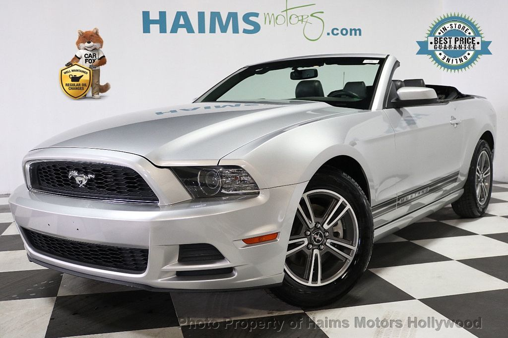 2013 Ford Mustang 2dr Convertible V6 - 17798194 - 0
