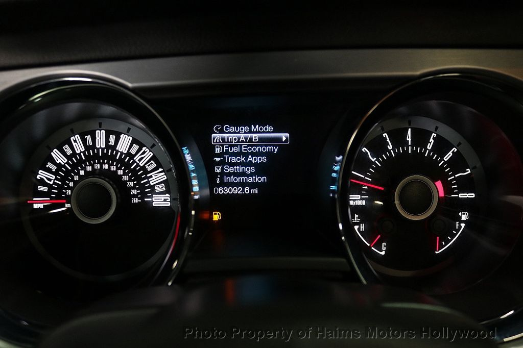 2013 Ford Mustang 2dr Convertible V6 - 17798194 - 25