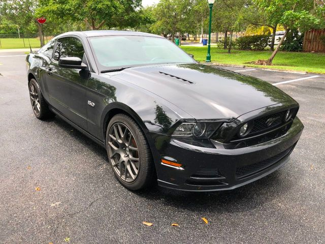 2013 Ford Mustang 2dr Coupe GT - Click to see full-size photo viewer