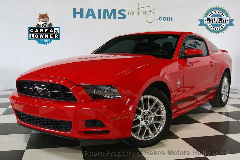 2013 Ford Mustang 2dr Coupe V6 - 17441652 - 0