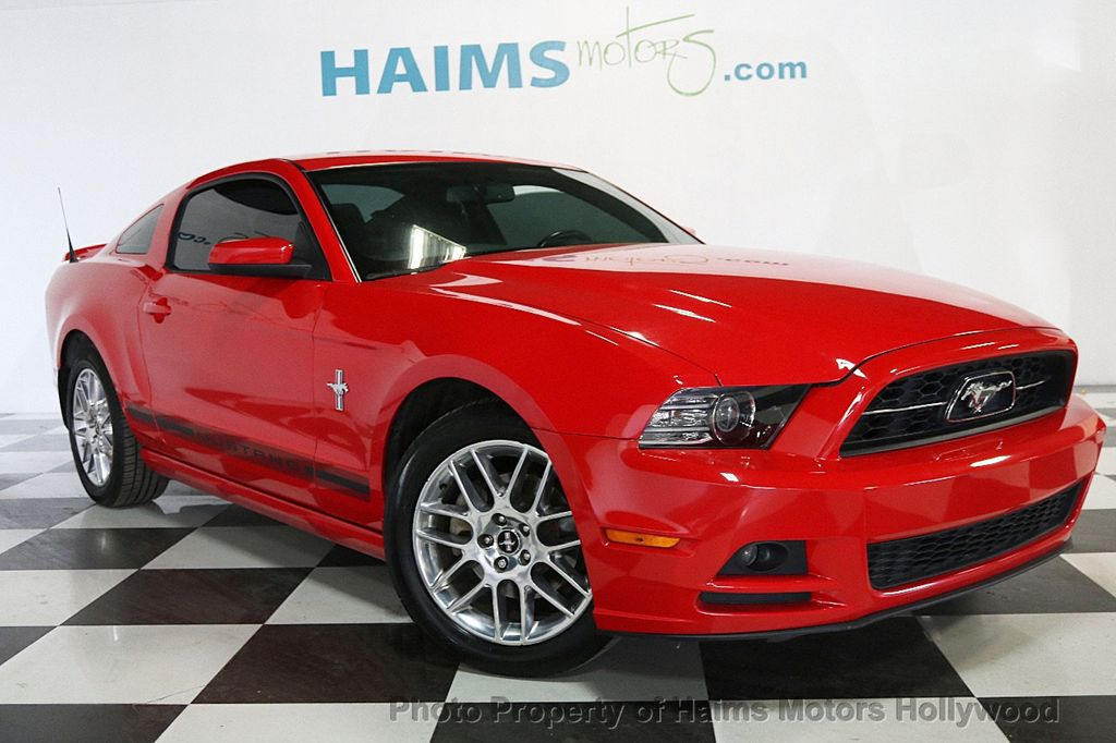 2013 Ford Mustang 2dr Coupe V6 - 17441652 - 3