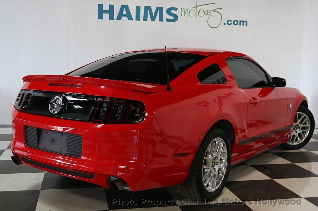 2013 Ford Mustang 2dr Coupe V6 - 17441652 - 6