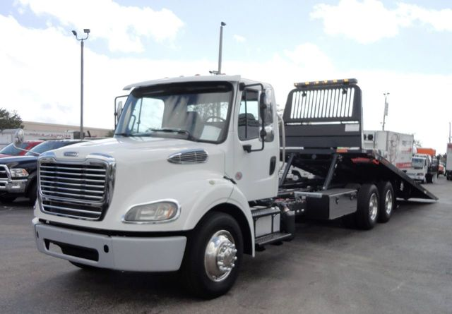 2013 Used Freightliner BUSINESS CLASS M2 *NEW* 28FT JERRDAN 10TON