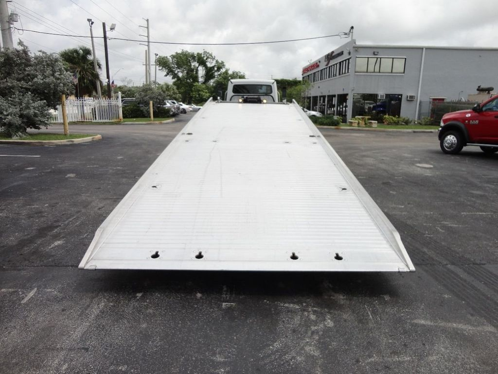 2013 Freightliner BUSINESS CLASS M2 106 CENTURY 3 - CAR CARRIER.. 30FT ALUMINUM DECK. - 17720215 - 13