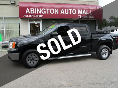 "2013 GMC Sierra 1500 4WD Crew Cab 143.5"" SL - Click to see full-size photo viewer"