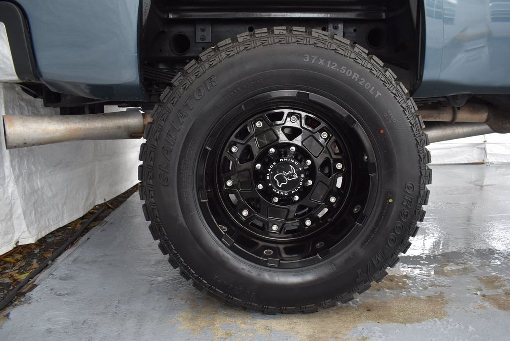 "2013 GMC Sierra 2500HD 5"" Rough Country Lift Kit 22"" Custom Wheels - 18229242 - 9"