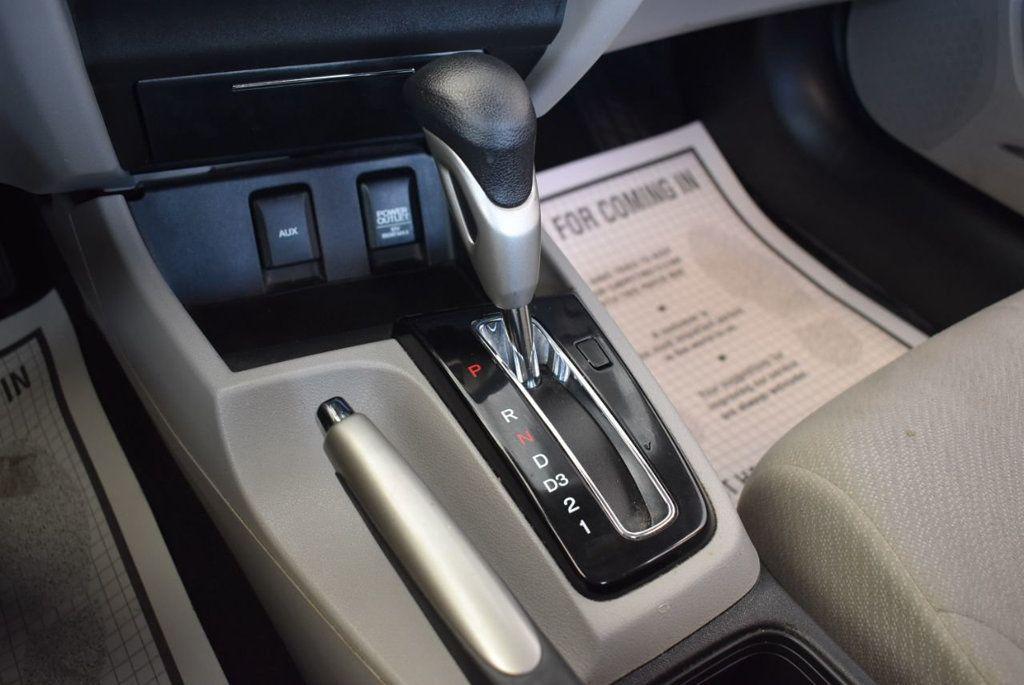2013 Honda Civic Sedan 4dr Automatic LX - 18194294 - 22