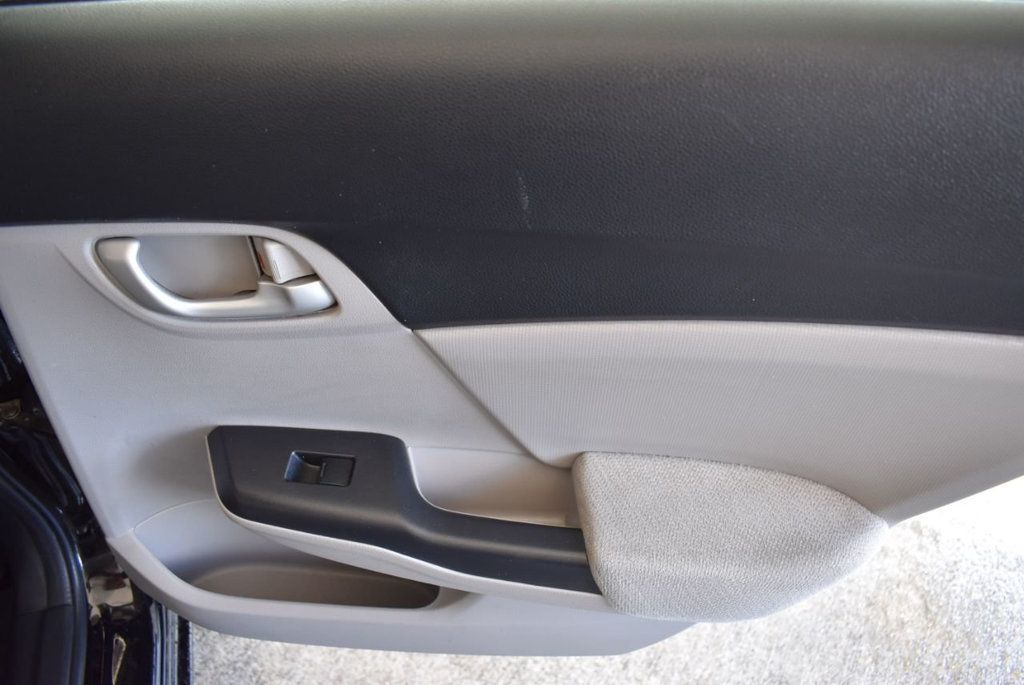 2013 Honda Civic Sedan 4dr Automatic LX - 18194294 - 24